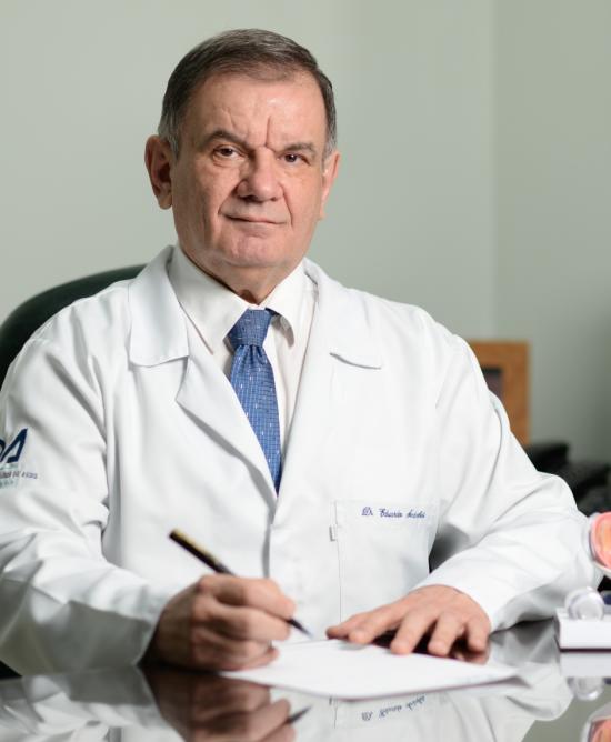 Dr. Eduardo Andreghetti