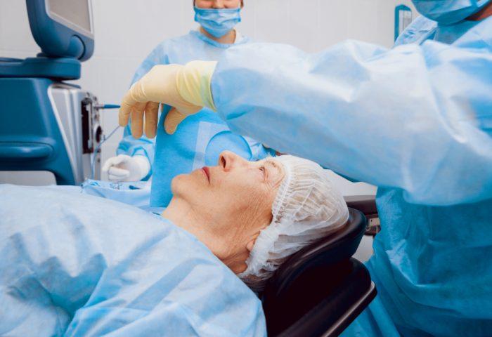 5 cuidados básicos após a cirurgia de catarata